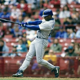 Ken Griffey Jr - Extend